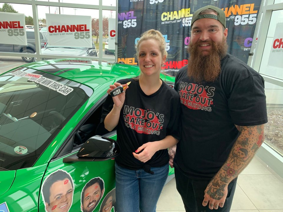 Michigan couple kisses for 53 hours, wins Ford Mustang