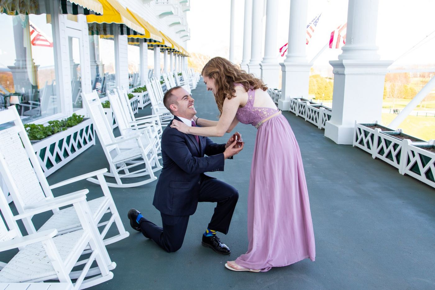 Clever marriage proposal at Grand Hotel captured in photos