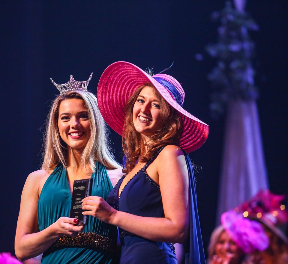 Miss Sunrise Side snags Miss Michigan 2019 prelim award