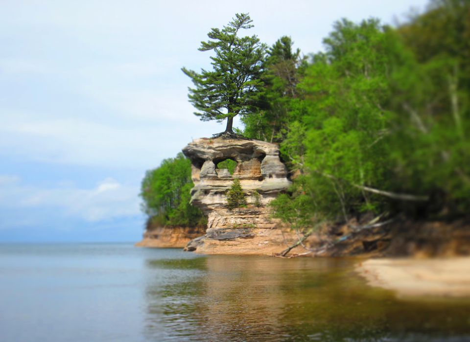 Why a lake at Pictured Rocks has you seeing red