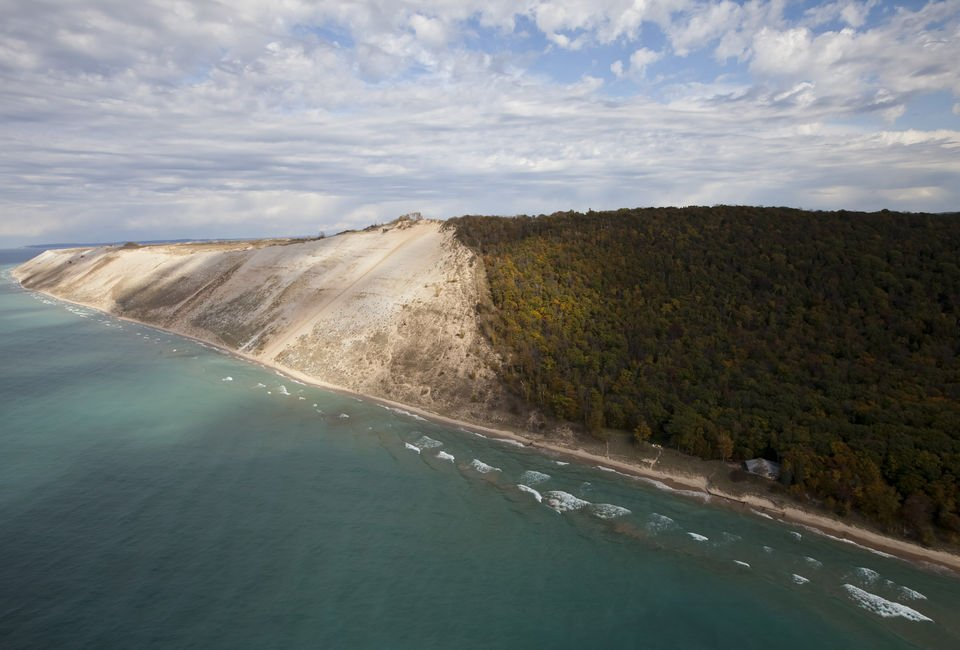 5 must-see spots for fall color at Sleeping Bear Dunes