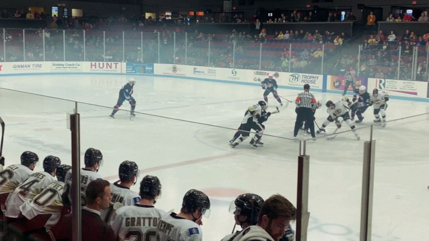 Muskegon Lumberjacks hockey game