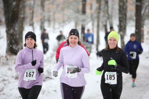 runners in the Traverse City area