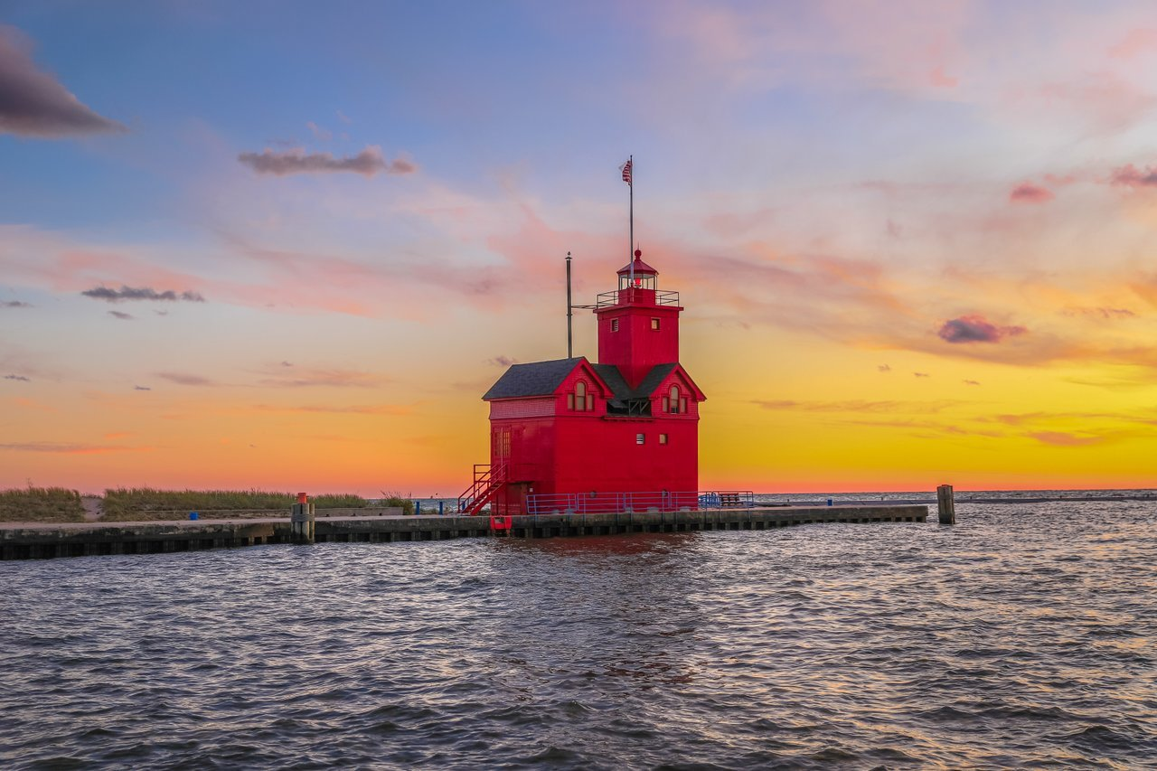Holland Harbor Lighthouse, nicknamed 'big red'